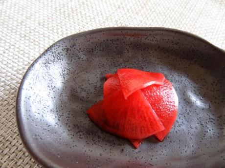 赤大根の甘酢漬け