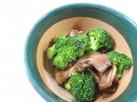 ブロッコリーと舞茸の炒め物