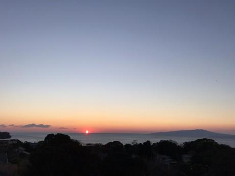 養生館の屋上からの日の出1