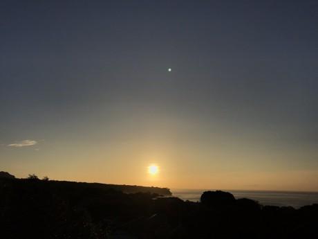 屋上露天からの日の出