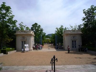 バガテル公園の入り口
