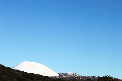 雪の大室山